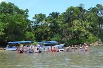 photo de groupe lors d'une baignade