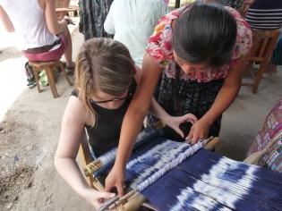 atelier de tissage avec Marion