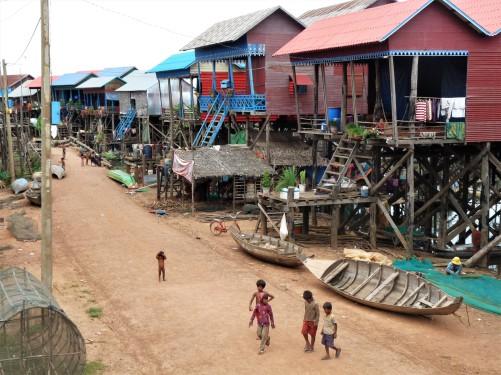village lacustre de Kompong Khleang