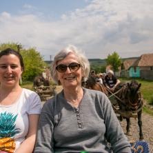 visite du village de Viscri en charrette : ici Josette et Cécile
