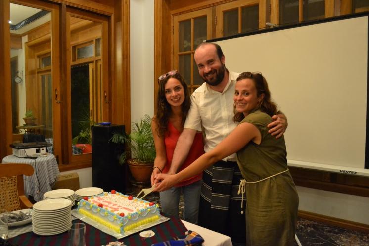 30 ans de l'association célébrés en Birmanie - Justine, Xavier, Cindy